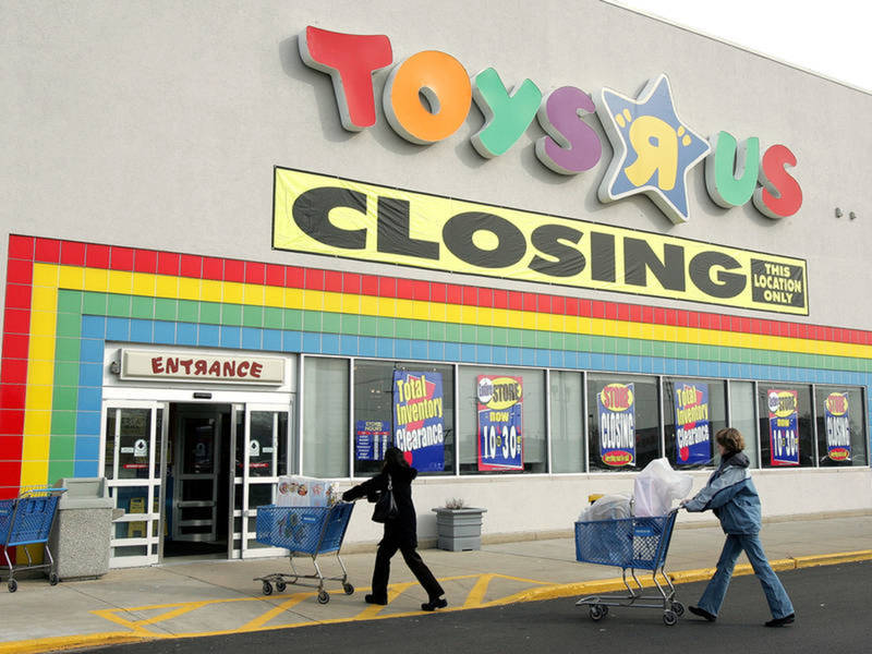 Toys R US To Close 87 Stores